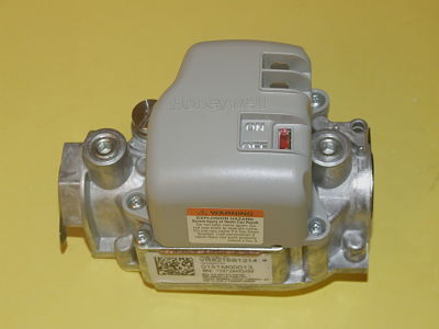 Goodman Janitrol - Amana 0151M00013S Single Stage Gas Valve