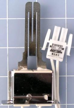 Goodman - Janitrol Hot Surface Ignitor B1401018S