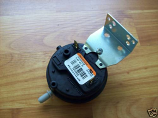 "Arcoaire Heil Tempstar Comfortmaker Inner City Products Pressure Switch 1013529 also 1174276 .59"" W/C Honeywell IS20213-5216"